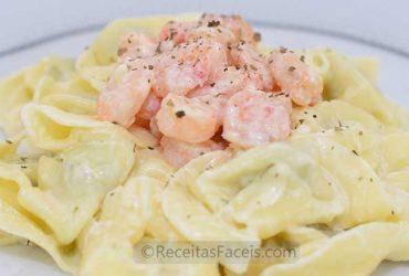 Receita fácil de Tortellini de ricotta com camarões